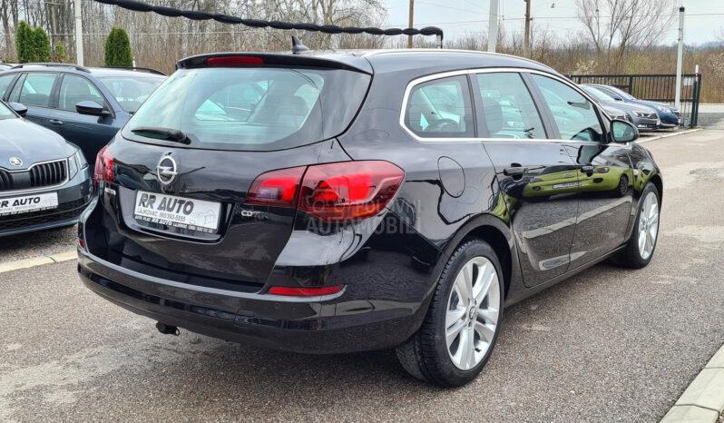 Opel Astra J 1.7 CDTI 2011 full