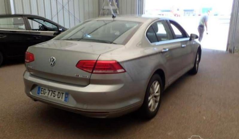 Volkswagen Passat B8 full
